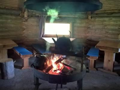 Nuuksio hostel lapp hut
